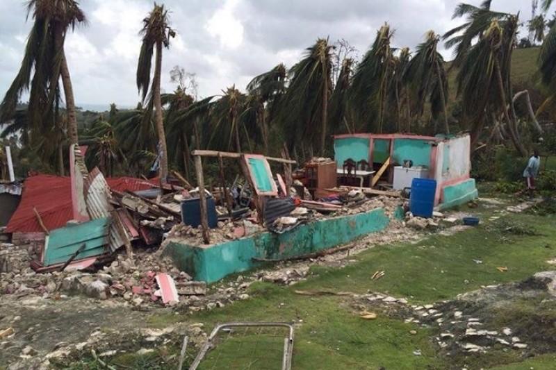 lle-a-vache-after-hurricane-matthew